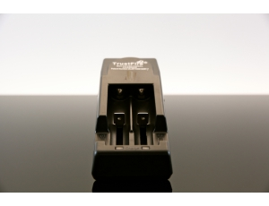 Chargeur Trustfire TR - 001